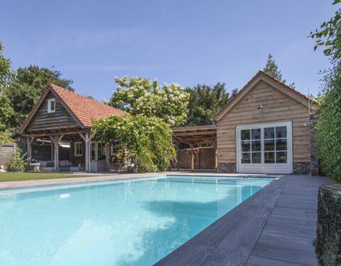 poolhouse (352)